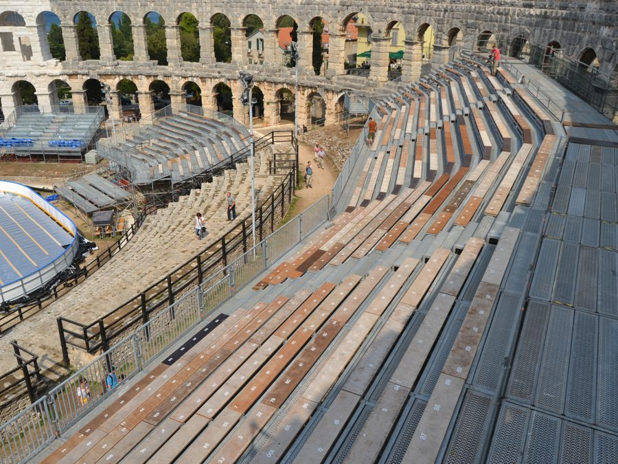 Arena Ice Fever MXII - Pula Vista della tribuna