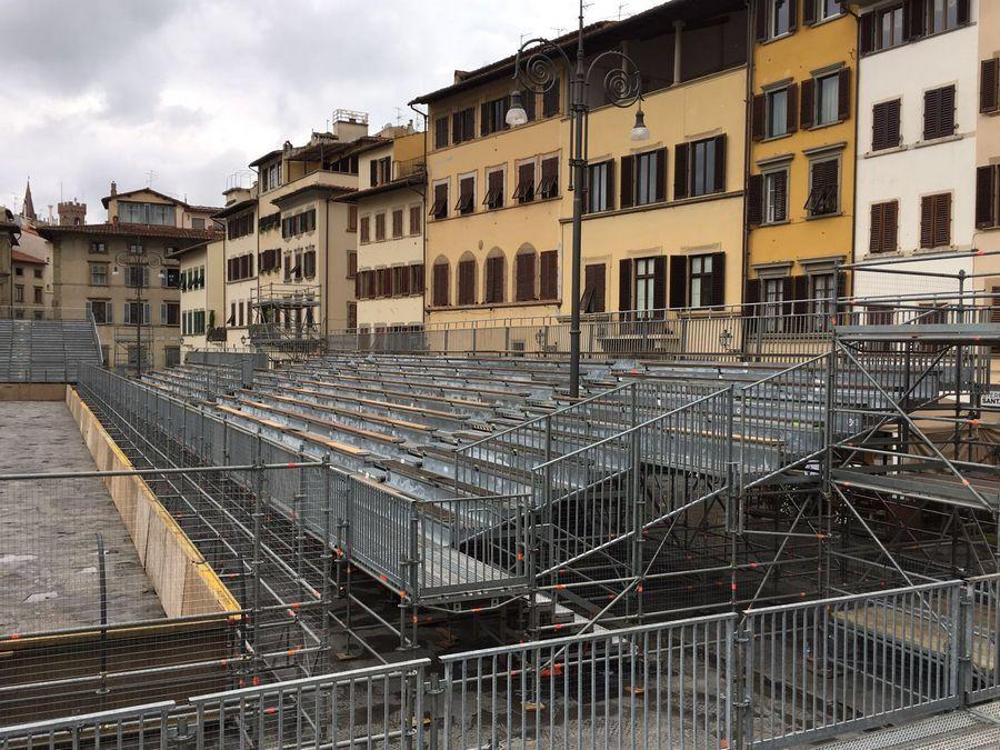 Calcio Storico Fiorentino - Firenze Vista tribuna su panca