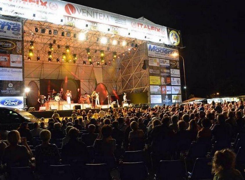 Mirano Summer Festival - Mirano Vista Laterale
