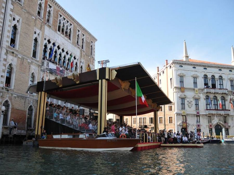 Regata Storica Venezia Vista laterale